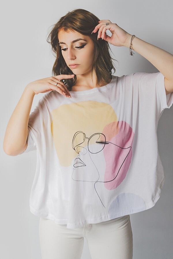 Remera de Mujer Abstracta colección Daniel Cassin 2020