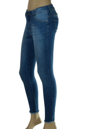 Jeans localizado láser desflecado